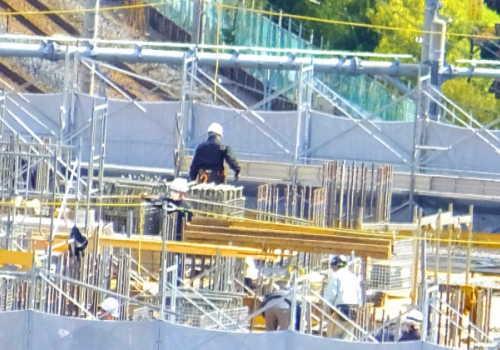 中分類06 総合工事業 マンション建設作業