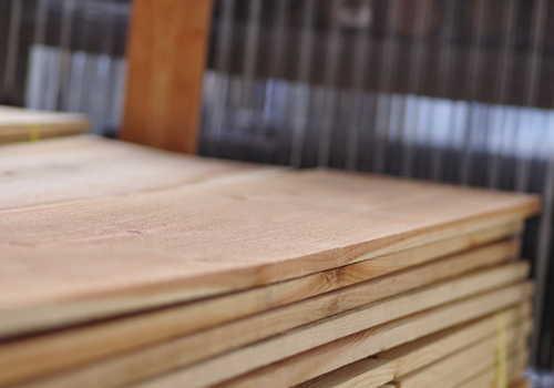 中分類13 家具・装備品製造業 木板材料