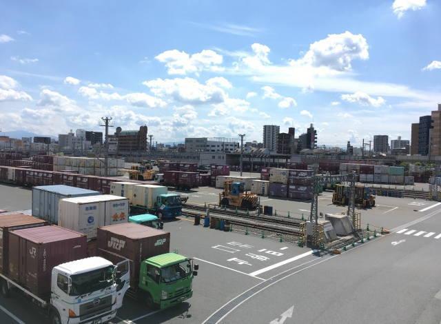 中分類44 道路貨物運送業イメージ