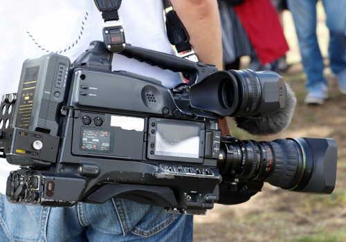 放送業のカメラマン