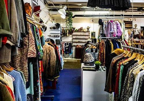織物・衣服・身の回り品小売業イメージ画像2