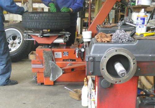 タイヤの空気充てんの業務に係る特別教育のイメージ画像