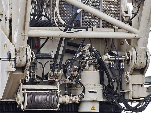 油圧装置調整技能検定イメージ
