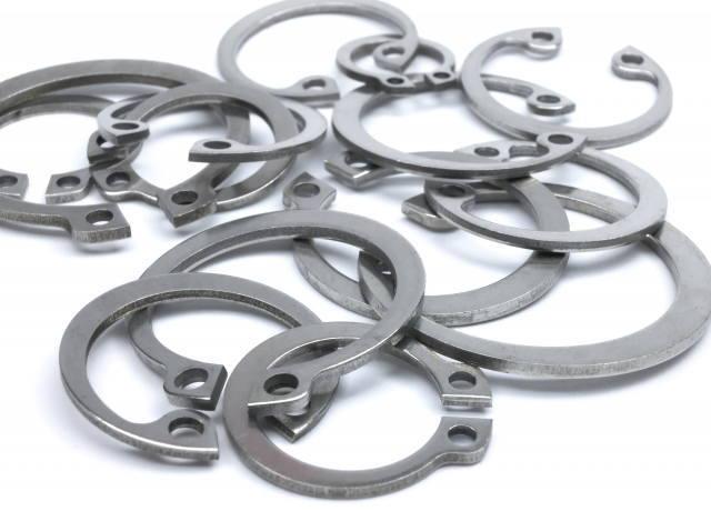 中分類24 金属製品製造業イメージ